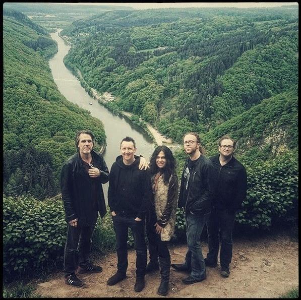 Sari Schorr Band